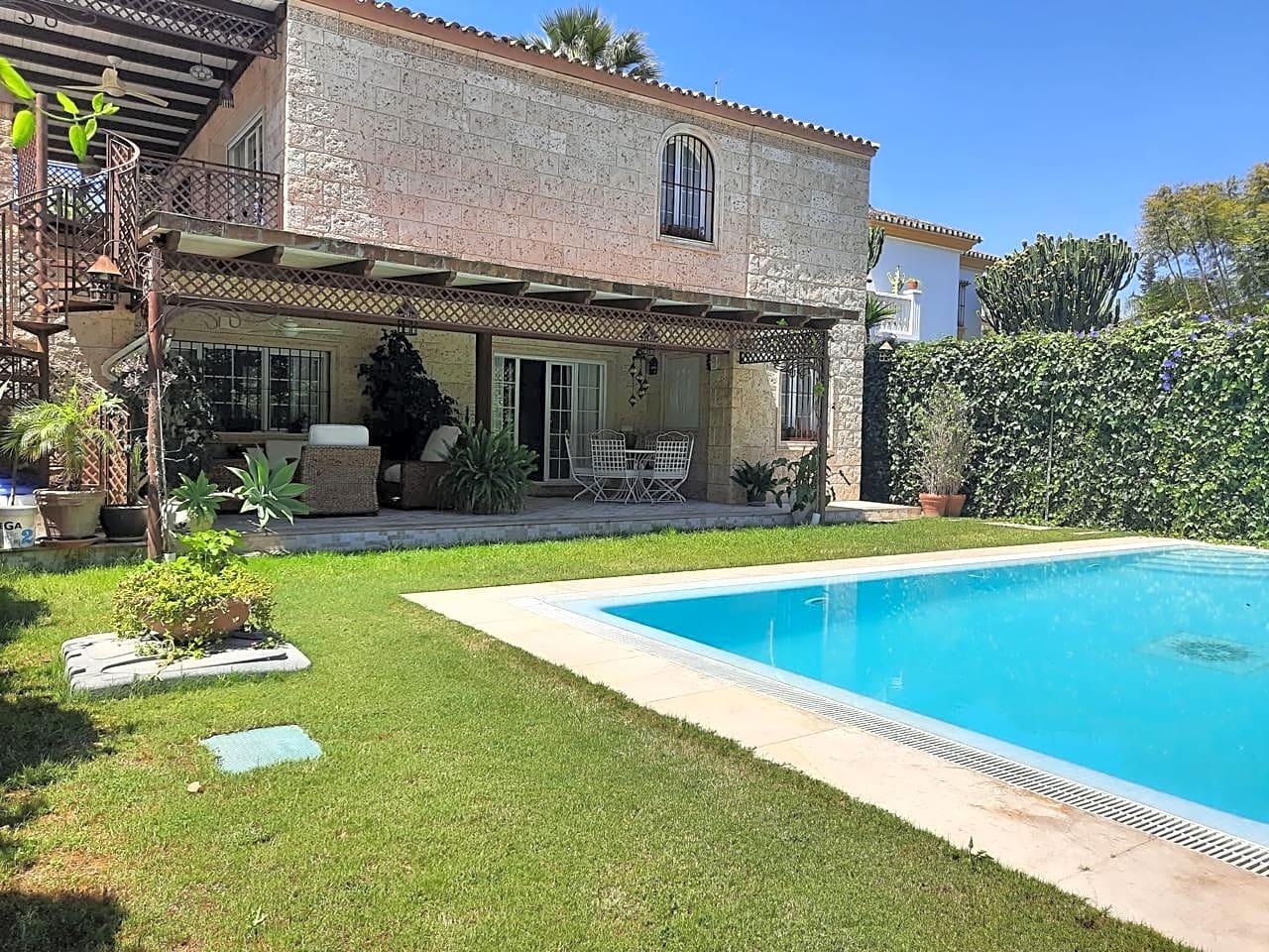 villas en marbella · calle-los-jazmines-29660 785000€
