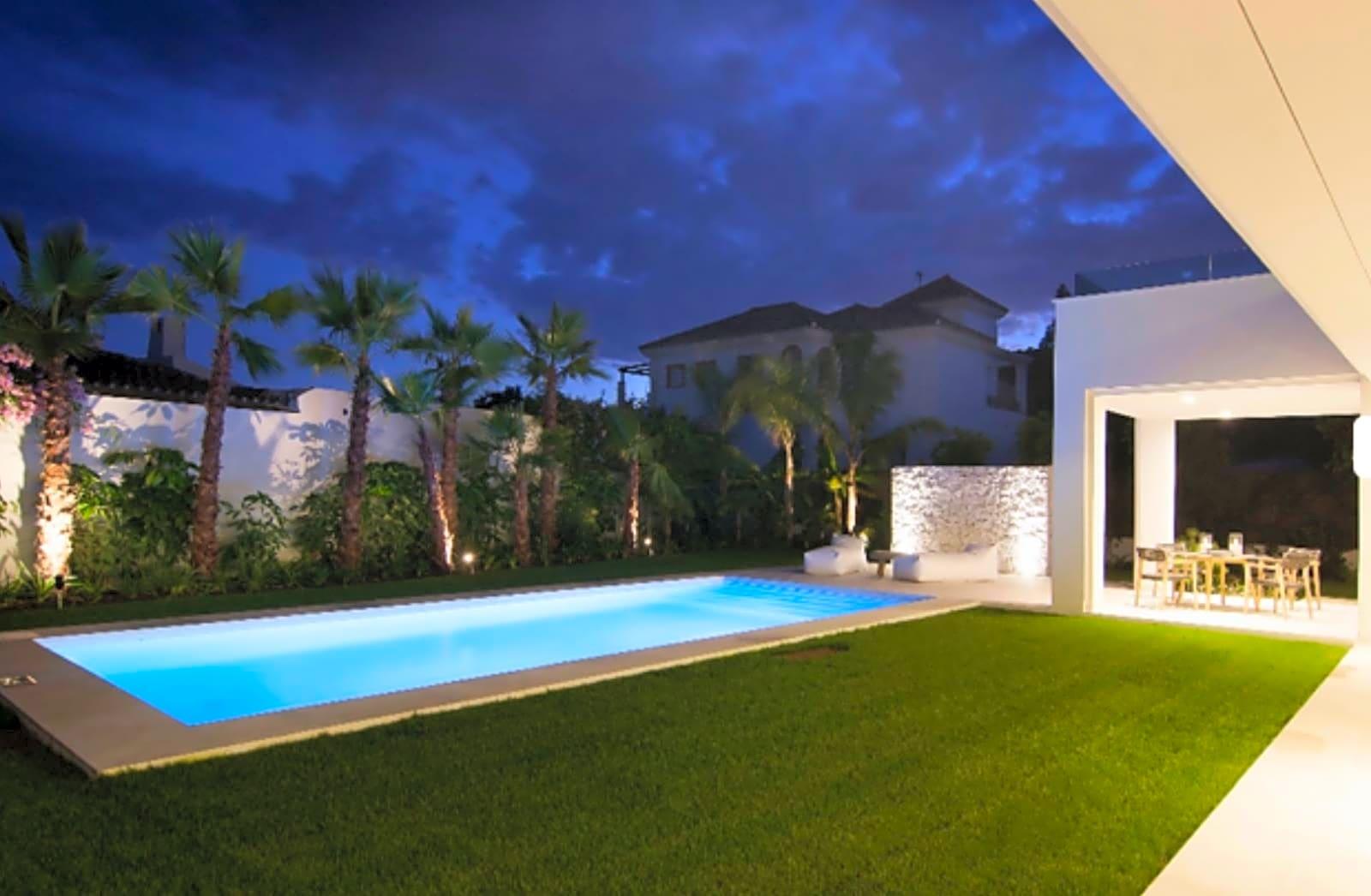 Se vende magnifica Villa en Guadalmina baja Marbella, Málaga