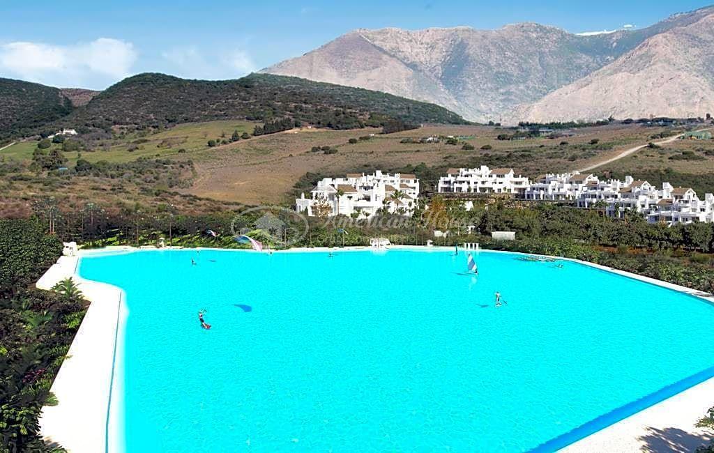 Estupendo Apartamento en Venta en la inigualable laguna de Casares, Málaga