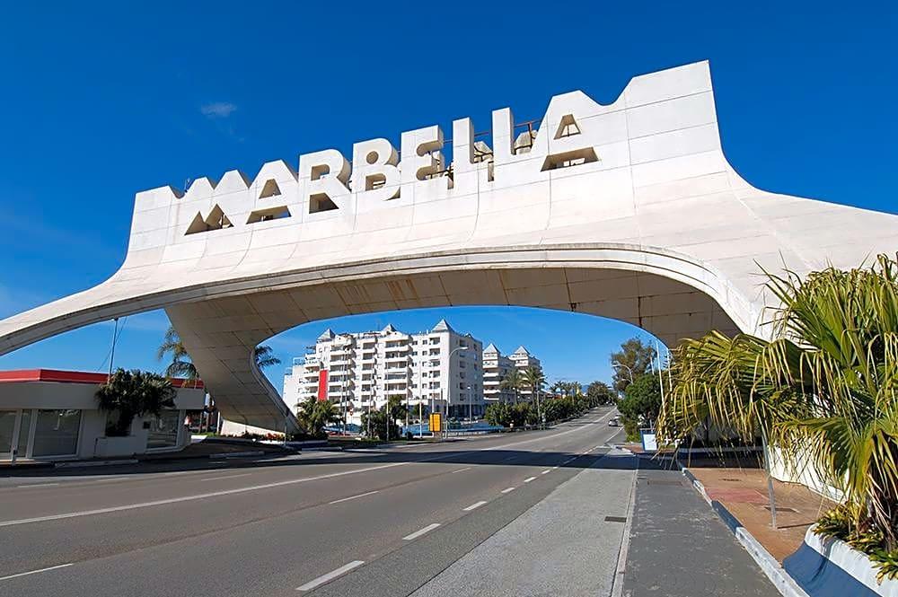 locales-comerciales en marbella ·  372000€