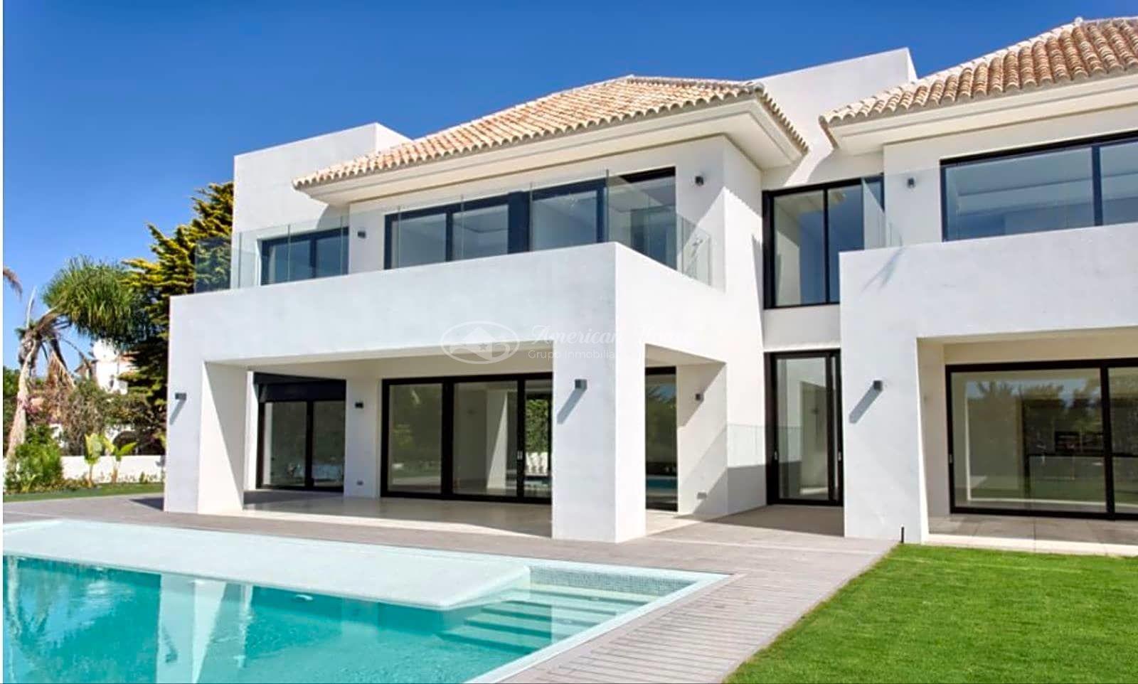 Casa / Chalet en venta en Estepona de 804 m2