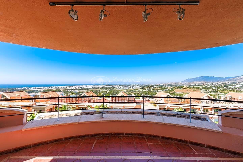 Fabuloso y amplio Apartamento en Venta en Nueva Andalucía, Marbella, Málaga