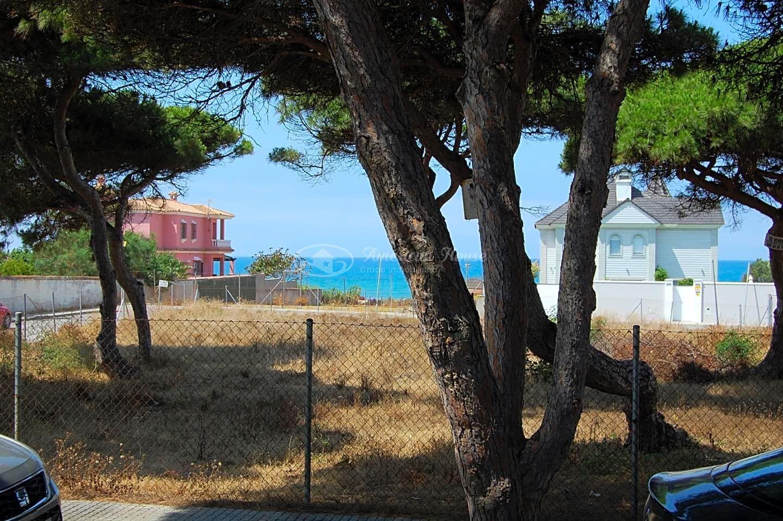 parcela urbana en venta, pegado a Playa La Barrosa