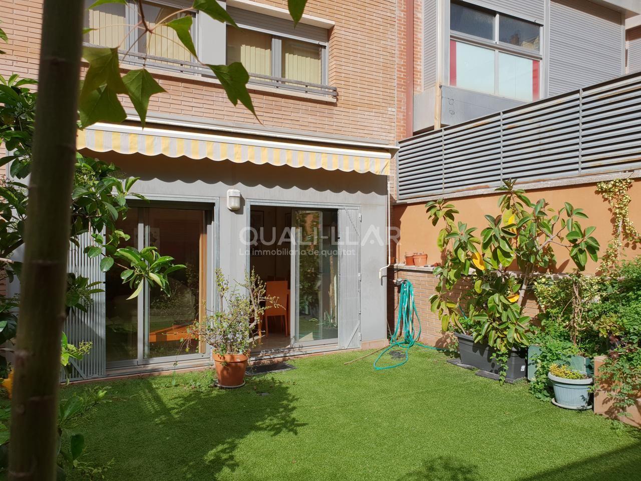 Servicios Inmobiliarios En El Baix Llobregat Casa Chalet En