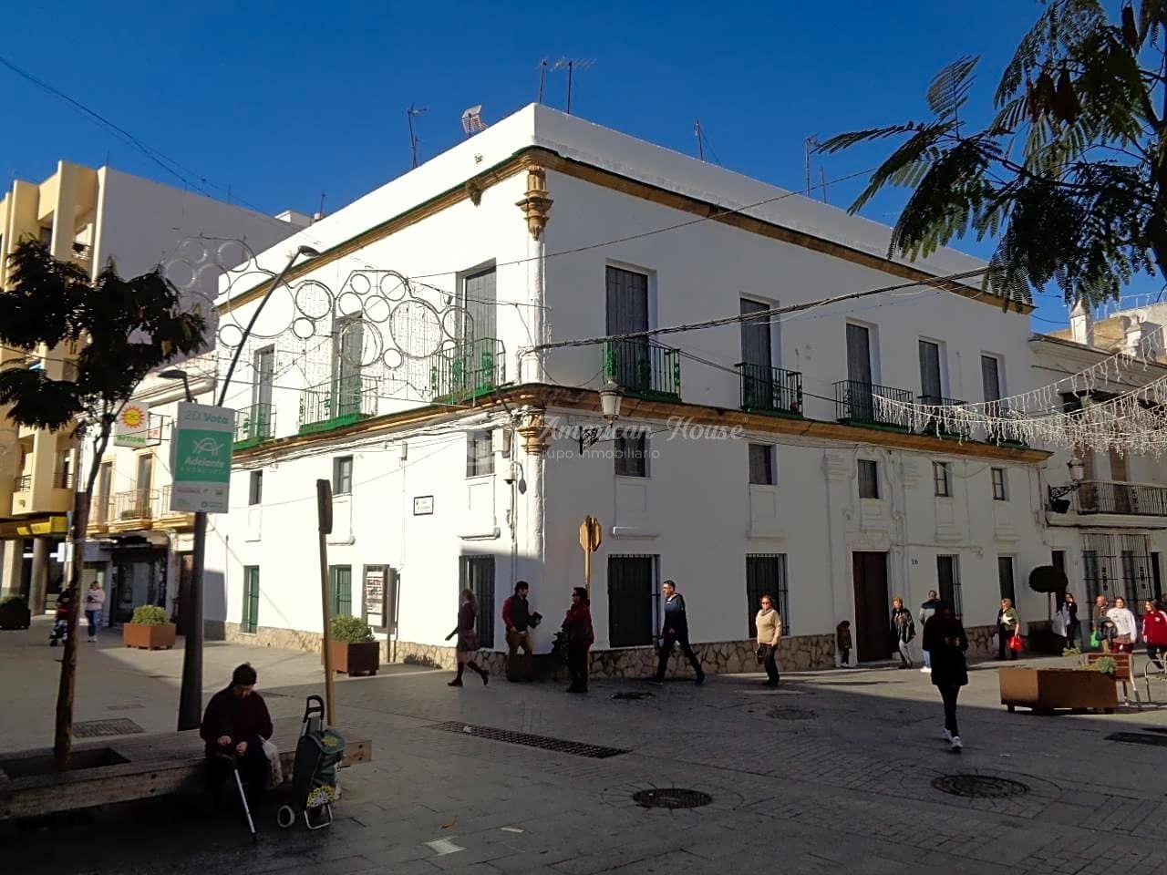 Casa Palacete en Calle Constitución 20, Pleno Centro de Chiclana, Cádiz