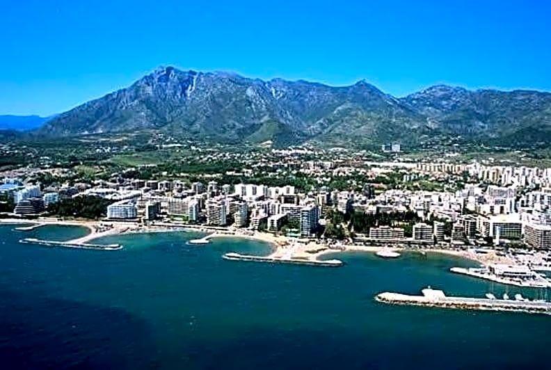 Magnifico Hotel de 3* con mas de 120 habitaciones a 500m del Mar, Gandía, Valencia