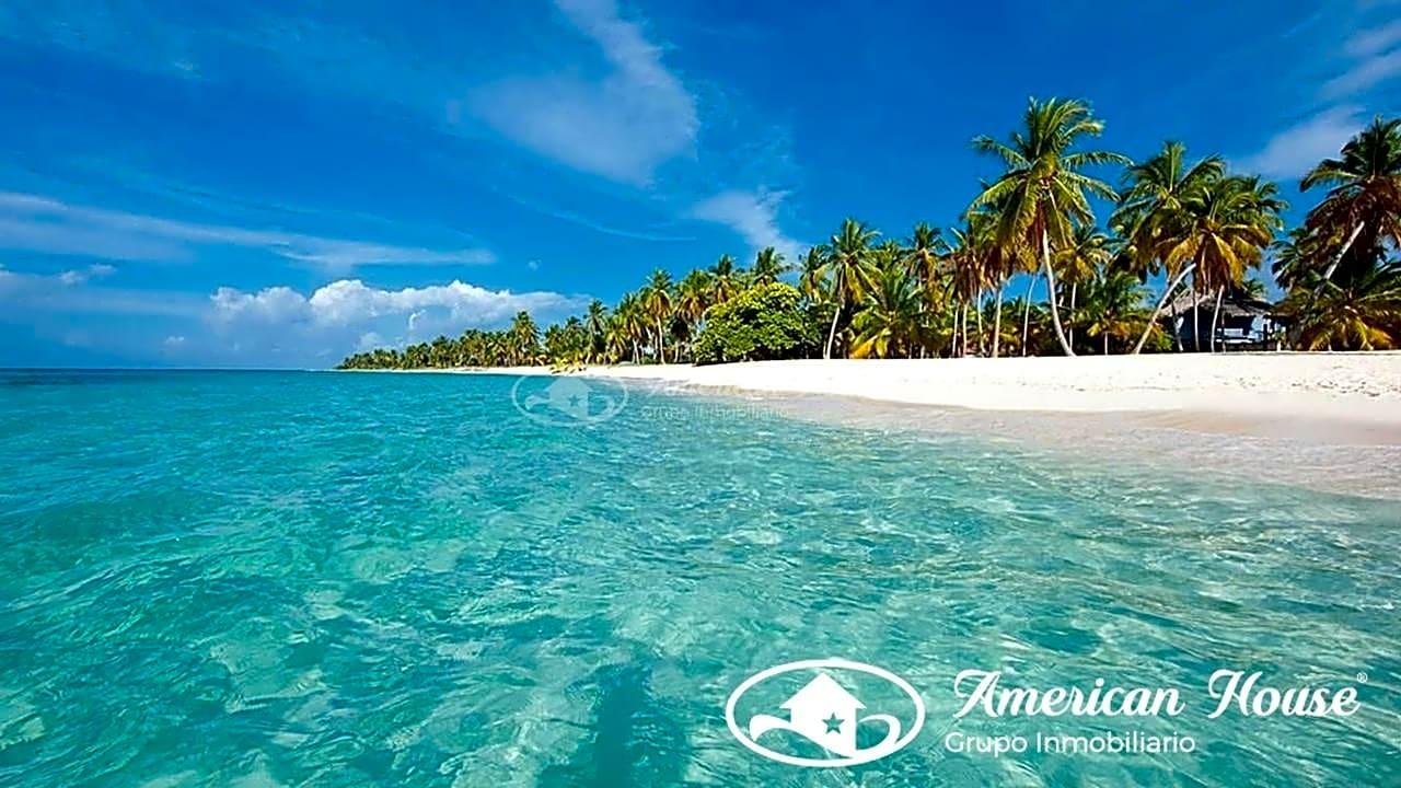 Único Suelo Hotelero en Venta en Primera Linea de Playa en La República Dominicana