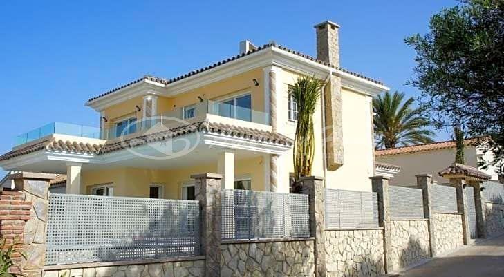 Magnífica Villa de Lujo en Venta en la zona de Las Chapas, Marbella, Málaga