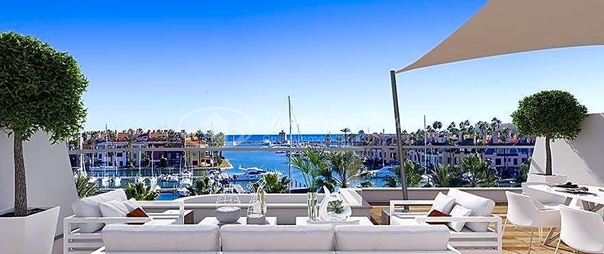 Exclusivos Áticos y Apartamentos en venta en La Marina de Sotogrande, San Roque, Cádiz