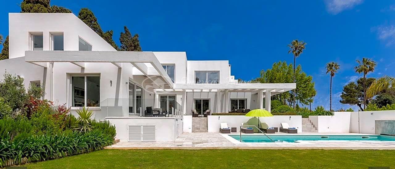 Elegante Contemporánea Villa  de Lujo en Venta en la zona de Sotogrande Costa, San Roque, Cádiz