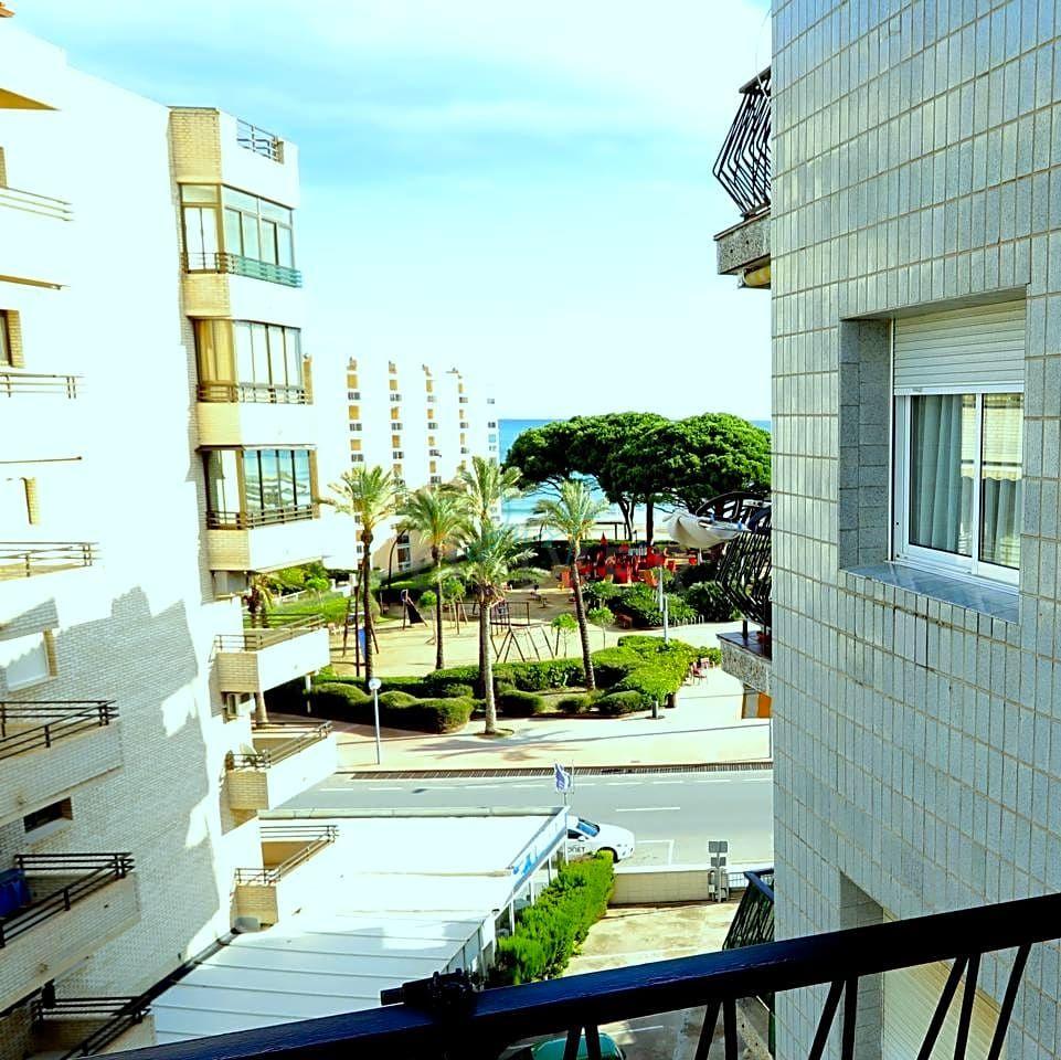 pisos en la-pineda · carrer-de-montserrat-caballe-2-43481 138000€
