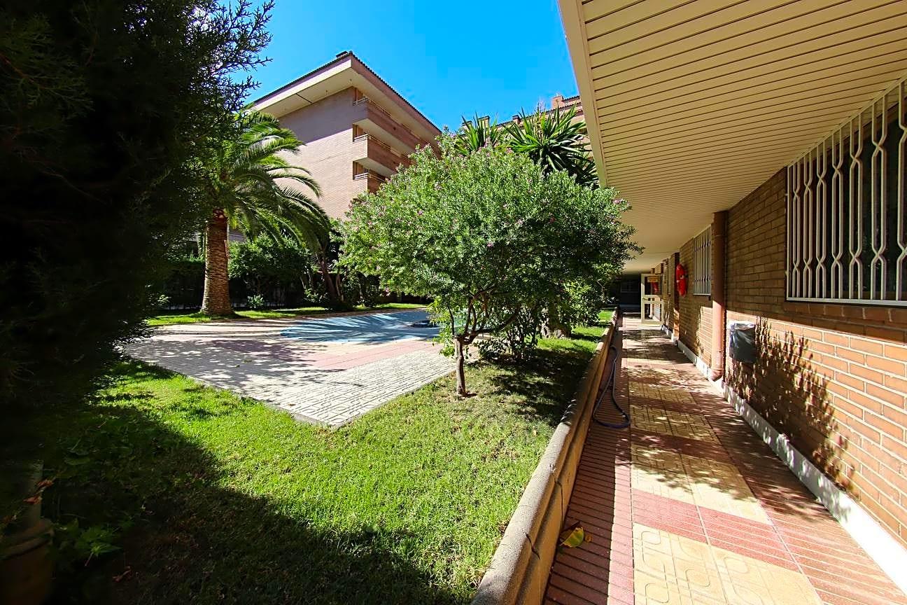 pisos en la-pineda · carrer-d'isaac-albeniz-43481 123000€