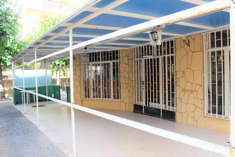 locales-comerciales en platja-de-la-pineda · carrer-de-montserrat-caballe-43481 45000€