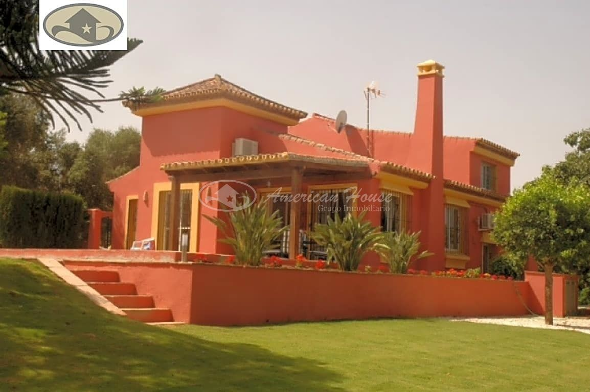 Fabulosa villa en un oasis de tranquilidad - Sotogrande Bajo, San Roque, Cádiz