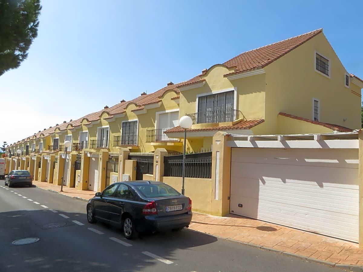 villas en marbella · calle-poeta-munoz-rojas-29602 405000€