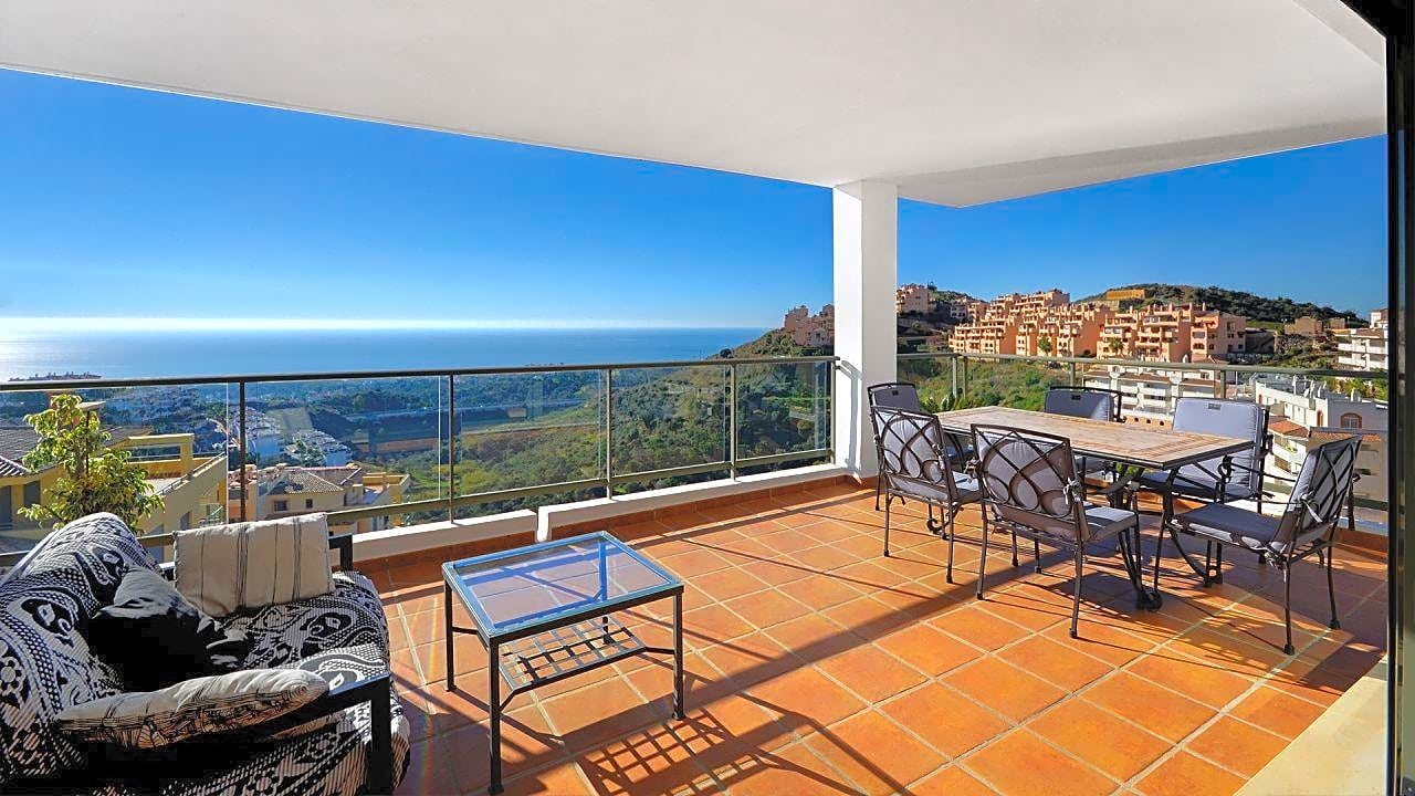 pisos en mijas · avenida-cortijo-de-calahonda-29649 379000€