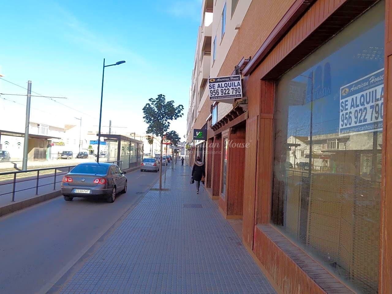 Se Alquila Gran Restaurante Céntrico en Alameda Solano, Chiclana de la Fra., Cádiz