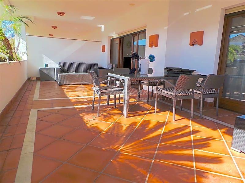 Apartamento de Lujo en Venta ubicado en Nueva Milla de Oro, Marbella, Málaga