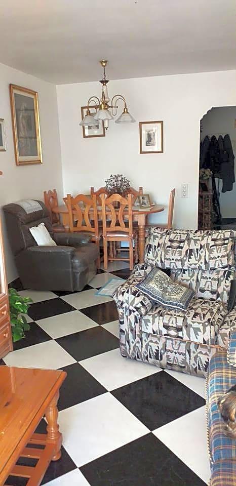 pisos en san-pedro-alcantara · calle-dr-eduardo-evangelista--edf--29670 191700€