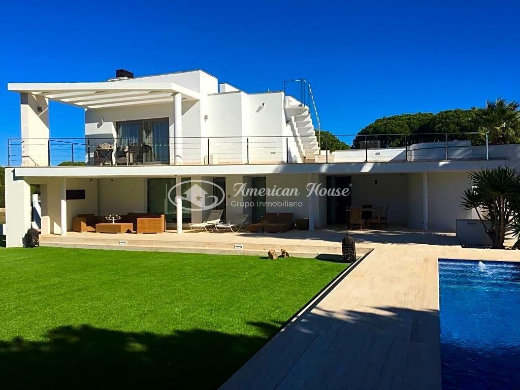 Gran Villa Moderna con Vistas al Mar, Novo Sancti Petri, La Barrosa,Chiclana de la Fra.
