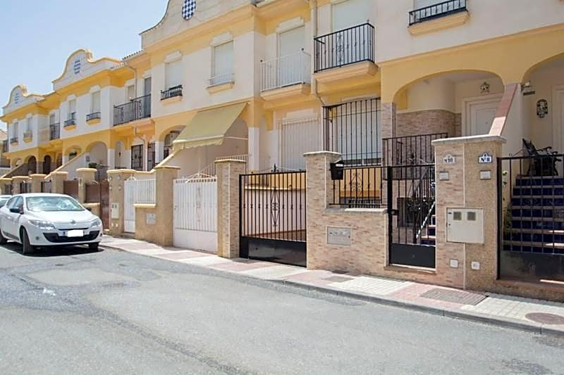 Casa chalet en venta en atarfe de 168 m2 - Casas en atarfe ...